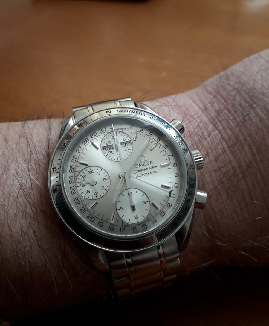The Dating Game: Omega Speedmaster Triple Date – 352 33 00